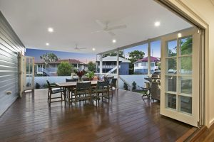 queenslander deck builders in brisbane
